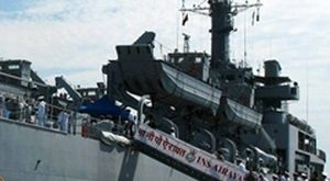 Indian naval ship visits Khanh Hoa